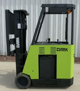 Clark Model Esm17 2006 3500 Lbs Capacity Great Docker Electric Forklift