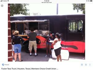 Food Truck For Sale low Mileage New Tires new Generator All Equipment Included