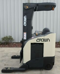 Crown Model Rr5220 35 2005 3500 Lbs Capacity Great Reach Electric Forklift