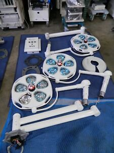 Skytron Stellar Triple Surgical Lights With Mounts And Controller