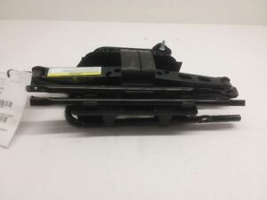 03 04 05 06 07 Jeep Liberty Scissor Jack Lug Wrench Holder