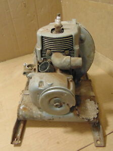 Vintage Homelite Blower Gas Engine 2 Cycle Model 22b1 Barn Fresh Find