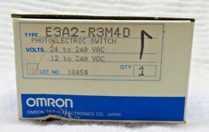 Omron Photoelectric Switch E3a2 r3m4d New Old Stock