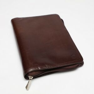 Beautiful Franklin Covey Unstructured Brown Leather Classic Size Zipper Binder