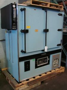 Blue M Laboratory Cabinet Oven 48 W X 36 X 24 Atmosphere Heat Treating 600 F