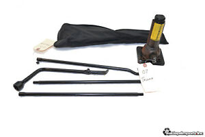 05 15 Toyota Tacoma Oem Spare Tire Jack Tools Kit Pouch