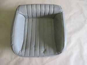 96 02 Firebird Trans Am Convertible Tan Leather Rear Lower Seat Bottom 0424 10
