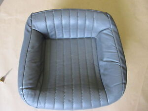 97 99 Firebird Trans Am Med Gray Leather Rear Lower Seat Bottom 0815 4