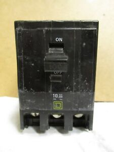 Square D 3 Pole 100 Amp Breaker series 2 D25v1 Cat Qo3100 damaged