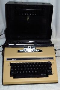 Brother Correct o riter I Electric Typewriter Portable With Hard Case