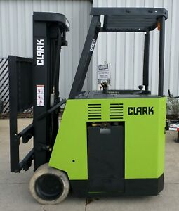 Clark Model Esmii 15 2002 3000 Lbs Capacity Great Docker Electric Forklift