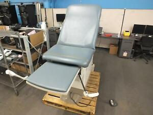 Midmark Ritter 222 015 Hi lo Power Exam Table Gynecology Medical W Foot Pedal