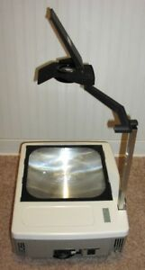 Eiki Ohp 4100 Portable Overhead Transparency Projector