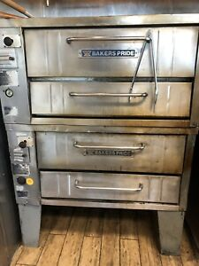 Bakers Pride Pizza Oven Gas Model 151 Used Good Conditions