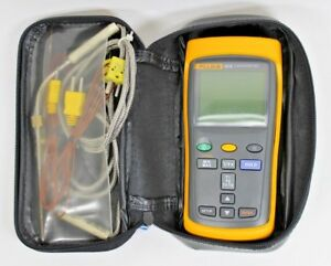 Fluke 52 2 60hz Dual Input Digital Thermometer With Case Leads