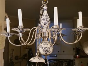 Vintage Blue And White Italian Floral Faience Pottery 8 Arm Chandelier 29 Dia