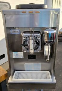 Taylor Hi Volume Model 340 d 27 Frozen Drink Margarita Machine Coolatta 208v