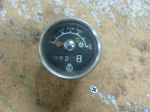 1100 1200 1210 Ford Compact Tractor Tachometer Very Hard To Find