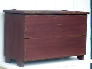 Small Primitive Painted Country Wood Wooden Box Rustic Blanket Chest Bench Trunk