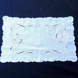 Antique Linen Hand Embroidered Floral Mums Doily Placemat 10 5x16 5