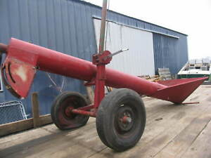 10 Jump Grain Feed Hopper With Hydraulic Auger