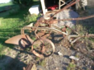John Deere 1 Bottom Plow Trailing Plow Hard To Find Old Plow