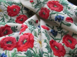 Stunning Vintage Heavily Hand Embroidered Tablecloth Poppy Meadow Flowers