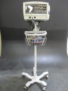 Welch Allyn 6200 Medical Patient Monitor W Stand For Vital Signs Monitoring