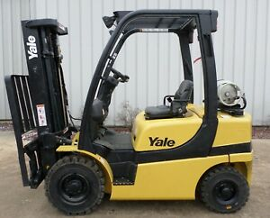 Yale Model Glp050vxn 2012 5000 Lbs Capacity Great Pneumatic Tire Forklift