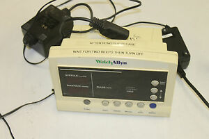 Welch Allyn 52000 Series Vital Signs Patient Monitor Hwy