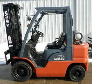 Nissan Model Mp1f2a25lv 2012 5000 Lbs Capacity Great Pneumatic Tire Forklift