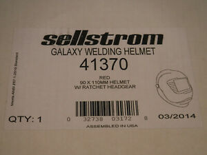 Sellstrom 41370 Galaxy Welding Helmet Red 90 X 110 Mm W Ratchet Headgear