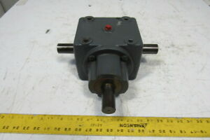 1 1 Ratio 1 1 4 Dual Output Shaft Right Angle Gearbox