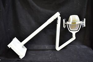 Great Used Pelton Crane Dental Light For Operatory Patient Exam Lighting