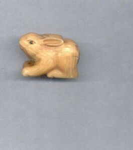 Sitting Rabbit Netsuke Hand Carved Signed Figurine Estate Item 754 Br B