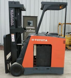 Toyota Model 7bncu20 2014 4000 Lbs Capacity Great Docker Electric Forklift