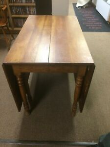 Vintage Stickley Dining Kitchen Table With 2 Leaves See Description