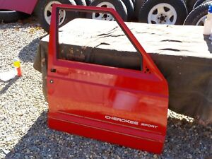 97 01 Jeep Cherokee Xj Passenger Rh Front Oem Flame Red Door No Shipping j16