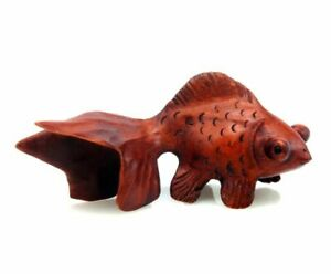 Boxwood Hand Carved Netsuke Sculpture Miniature Goldfish Curly Tail 03121901