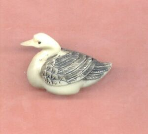 Swan Colored Netsuke Japanese 804 B