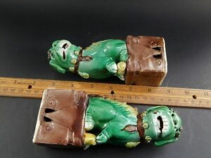 2 Antique Chinese Export Sancai Glazed Biscuit Porcelain Buddhistic Foo Lions 6