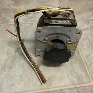 Superior Electric Powerstat Variable Autotransformer Type 21 1014