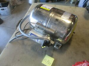 Used Shurflo Water Booster System Pn 804 026 Pump Works Soda Fountain Part