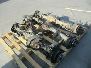 2005 2010 Ford Mustang Rear Axle Assembly 3 31 Ratio 88k Oem Lkq
