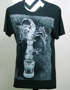 b0d3fa9eea6747 Coca-Cola Clothing Brazil Fit T Shirt Top Size S Womens Black Graphic