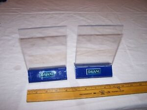 2 Disani Water Table Booth Menu Holder Sign
