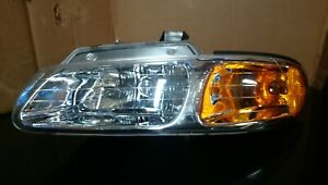 For 1996 2000 Dodge Caravan Chrysler Town Country Voyager Headlights Headlamps