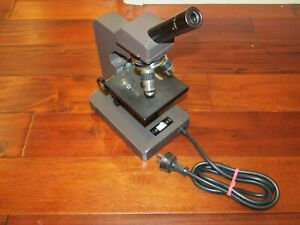 Swift Instruments Electric Microscope M3200 Great Cond