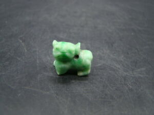 Chinese 1910 S Nice Carved Nature Green Color Jadeite Pendant Dog S9297