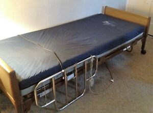 Electric Hospital Bed invacare With Waterproof Mattress Pad
